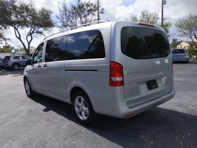 2016 Metris 4x2, Passenger Wagon #G3156003 - photo 1