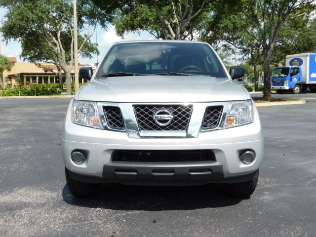 2016 Frontier Crew Cab 4x2,  Pickup #GN743336 - photo 3