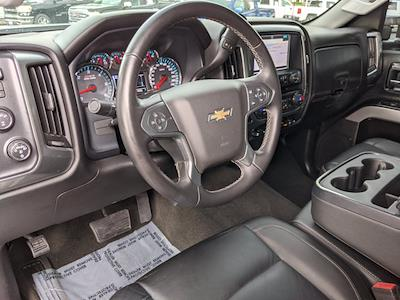 2017 Chevrolet Silverado 2500 Crew Cab 4x4, Pickup #HF102740 - photo 10