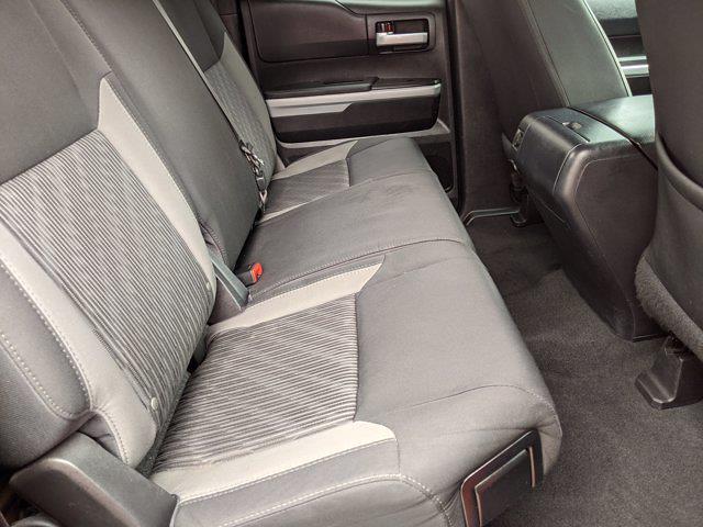 2017 Toyota Tundra Double Cab 4x2, Pickup #HX121853 - photo 20