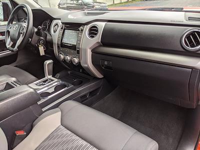 2017 Toyota Tundra Double Cab 4x2, Pickup #HX121853 - photo 22