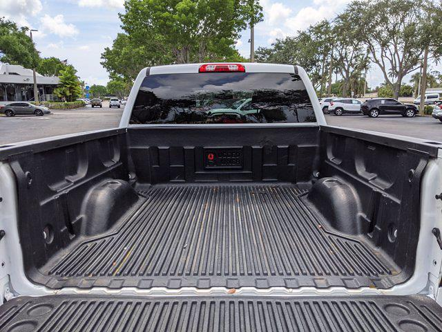 2018 Chevrolet Silverado 1500 Crew Cab 4x2, Pickup #JG130092 - photo 7