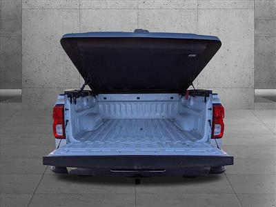 2018 Chevrolet Silverado 1500 Crew Cab 4x4, Pickup #JG195484 - photo 7