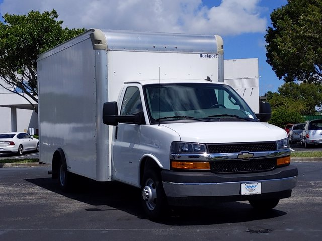 2019 Chevrolet Express 3500 4x2, Rockport Cargoport Cutaway Van #K1244654 - photo 7