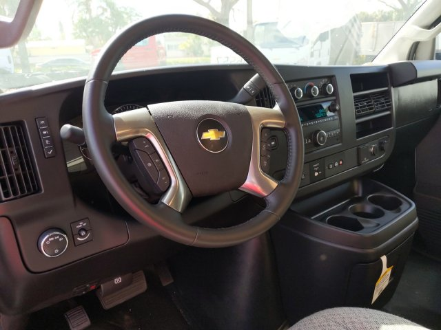 2019 Chevrolet Express 3500 4x2, Rockport Service Utility Van #K1266557 - photo 1