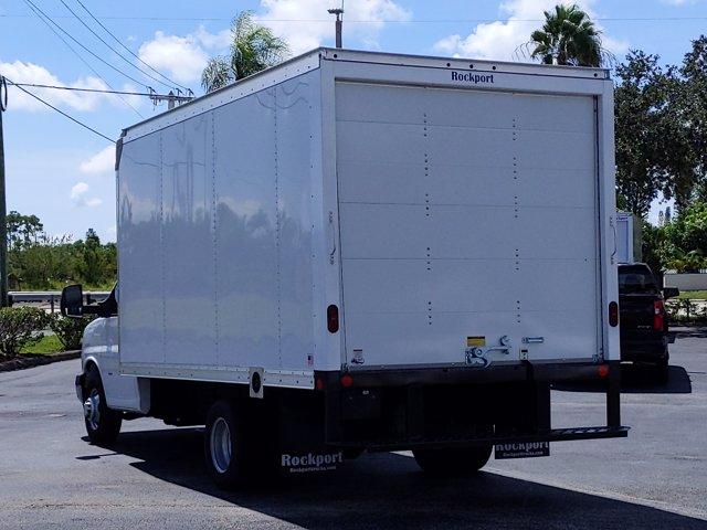 2019 Chevrolet Express 3500 4x2, Rockport Cutaway Van #K1267940 - photo 1