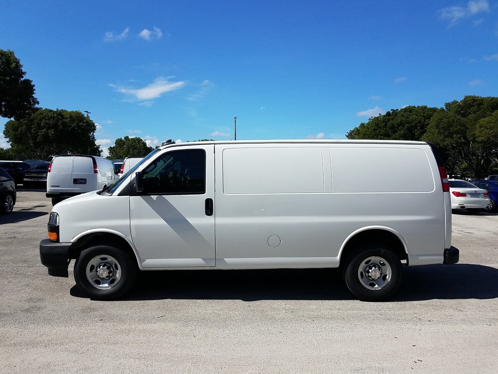 2019 Express 2500 4x2,  Adrian Steel Commercial Shelving Upfitted Cargo Van #K1270809 - photo 4