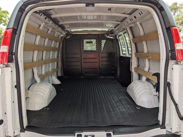 2019 Chevrolet Express 2500 4x2, Empty Cargo Van #K1275751 - photo 2