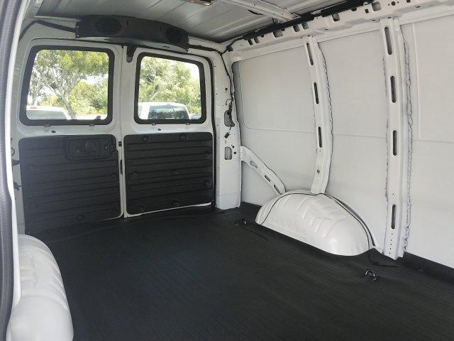 2019 Express 2500 4x2,  Empty Cargo Van #K1363119 - photo 1