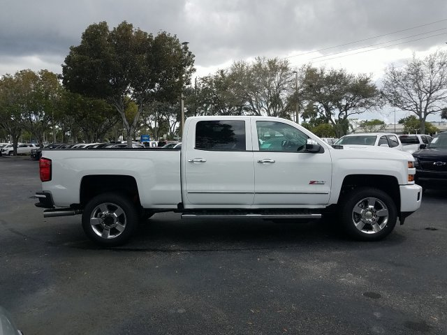 2019 Silverado 2500 Crew Cab 4x4,  Pickup #KF190124 - photo 6