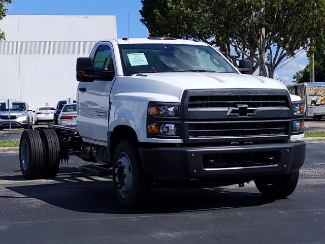 2019 Silverado Medium Duty Regular Cab DRW 4x2, Cab Chassis #KH827898 - photo 7