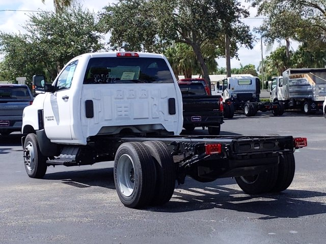 2019 Silverado Medium Duty Regular Cab DRW 4x2, Cab Chassis #KH827898 - photo 8