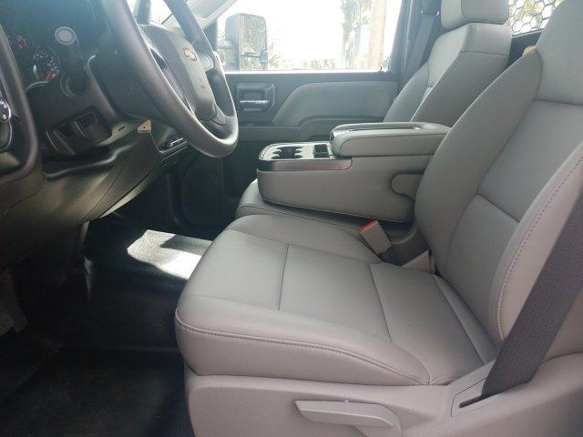 2019 Silverado Medium Duty Regular Cab DRW 4x2, Platform Body #KH885797 - photo 13