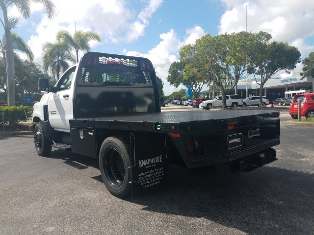 2019 Silverado Medium Duty Regular Cab DRW 4x2, Platform Body #KH885797 - photo 2