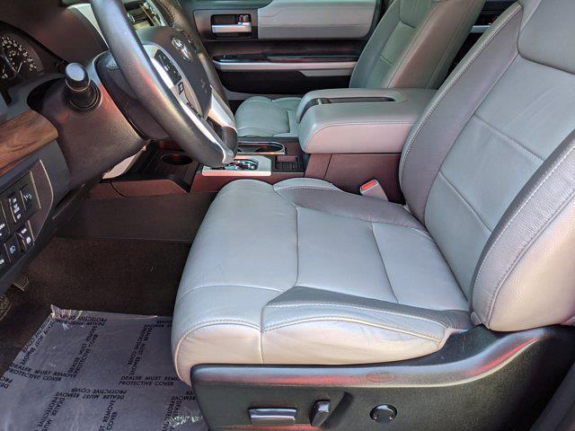 2019 Toyota Tundra Crew Cab 4x4, Pickup #KX782914 - photo 17
