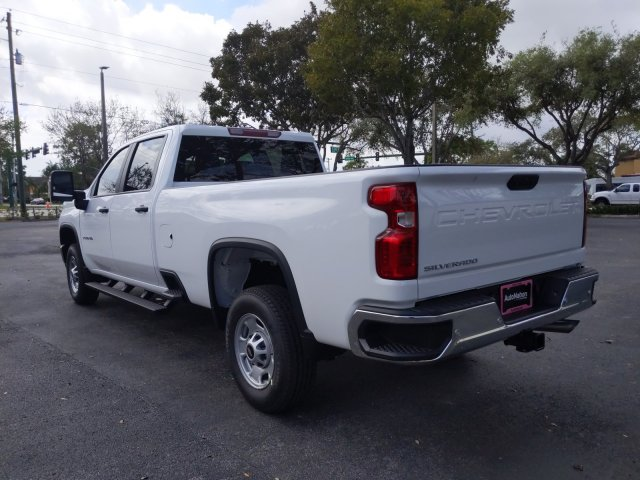 2020 Silverado 2500 Crew Cab 4x2, Pickup #LF218113 - photo 2