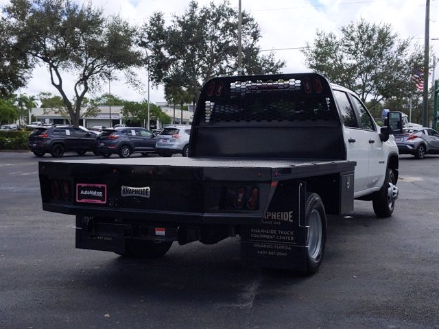 2020 Chevrolet Silverado 3500 Crew Cab DRW 4x2, Platform Body #LF312288 - photo 3
