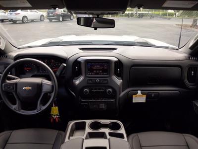 2020 Chevrolet Silverado 3500 Crew Cab DRW 4x2, Platform Body #LF312288 - photo 13