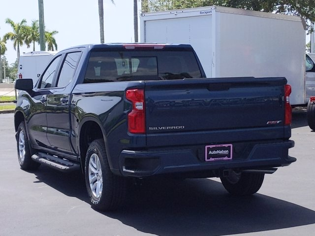 2020 Chevrolet Silverado 1500 Crew Cab 4x2, Pickup #LG359406 - photo 2