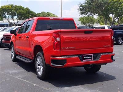 2020 Chevrolet Silverado 1500 Crew Cab 4x2, Pickup #LG359638 - photo 2