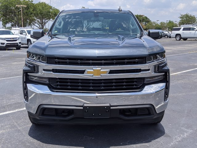 2020 Chevrolet Silverado 1500 Crew Cab 4x4, Pickup #LZ119930 - photo 3