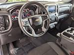 2020 Chevrolet Silverado 1500 Crew Cab 4x4, Pickup #LZ119930 - photo 32