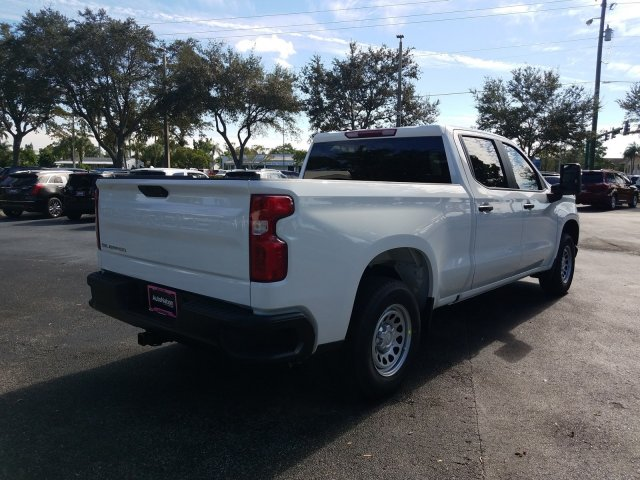 2020 Silverado 1500 Crew Cab 4x2, Pickup #LZ143999 - photo 3