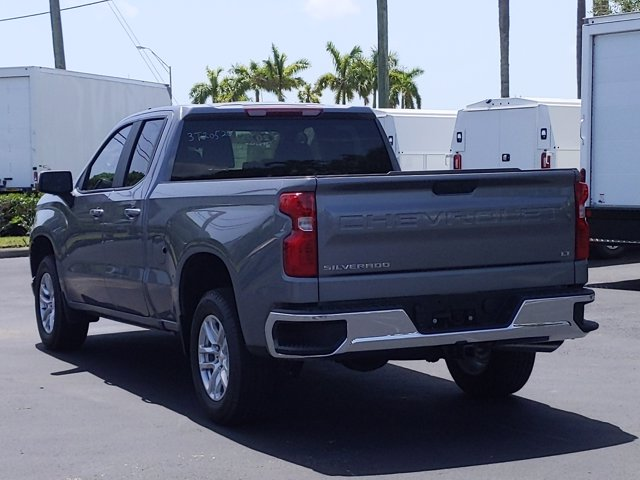 2020 Chevrolet Silverado 1500 Double Cab 4x2, Pickup #LZ288706 - photo 2