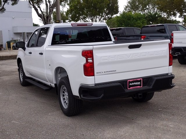 2021 Chevrolet Silverado 1500 Crew Cab 4x2, Pickup #MG138367 - photo 2