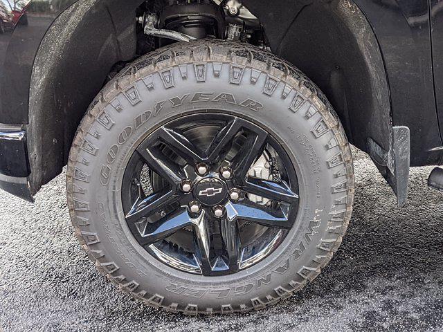 2021 Chevrolet Silverado 1500 Crew Cab 4x4, Pickup #MZ268592 - photo 9