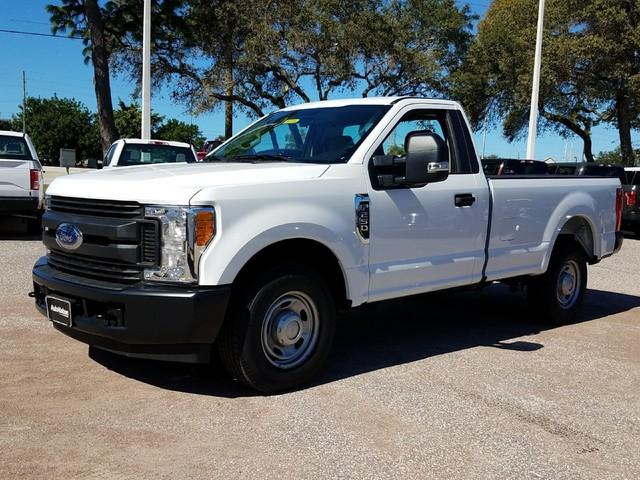 2017 F-250 Regular Cab Pickup #17F1330 - photo 3