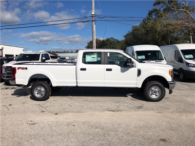 2017 F-250 Crew Cab 4x4, Pickup #17F1409 - photo 3