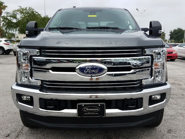 2017 F-250 Crew Cab 4x4 Pickup #17F893 - photo 3