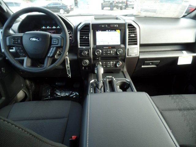 2018 F-150 Crew Cab, Pickup #18F031 - photo 5