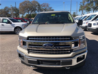 2018 F-150 Crew Cab 4x4, Pickup #18F082 - photo 2