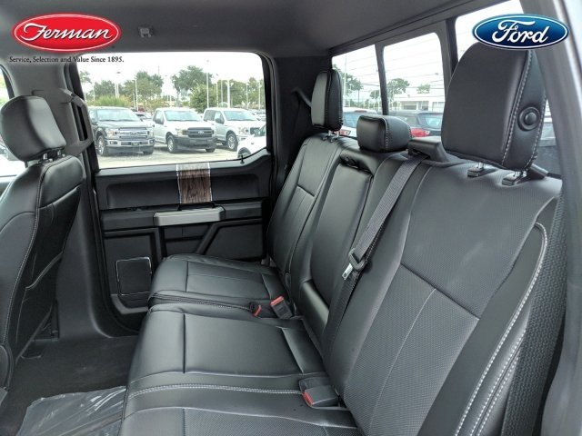 2018 F-150 SuperCrew Cab 4x2,  Pickup #18F1185 - photo 9