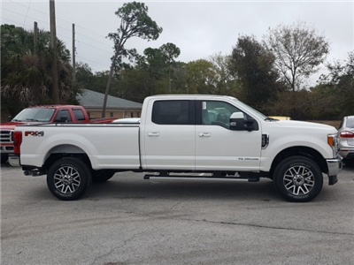 2018 F-350 Crew Cab 4x4, Pickup #18F208 - photo 3