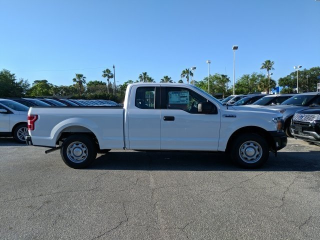 2018 F-150 Super Cab 4x2,  Pickup #18F441 - photo 3