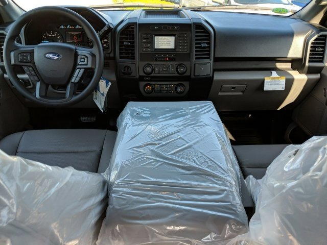 2018 F-150 SuperCrew Cab,  Pickup #18F570 - photo 5