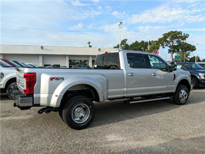 2018 F-350 Crew Cab DRW 4x4, Pickup #18F674 - photo 2