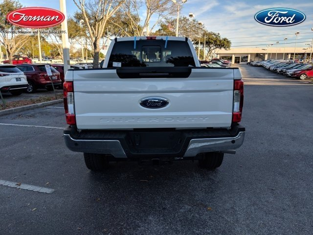2019 F-250 Crew Cab 4x4,  Pickup #19F276 - photo 4