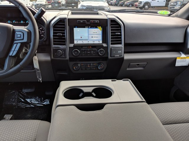 2019 F-150 SuperCrew Cab 4x2,  Pickup #19F321R - photo 6