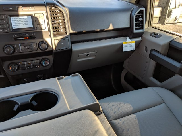 2019 F-150 Super Cab 4x2,  Pickup #19F433 - photo 8