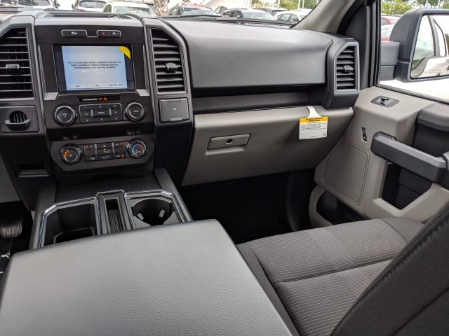 2019 F-150 SuperCrew Cab 4x2,  Pickup #19F512 - photo 8