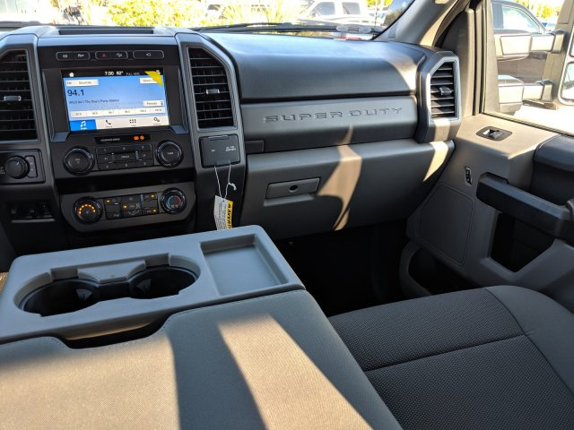 2019 F-250 Crew Cab 4x4,  Pickup #19F560 - photo 8