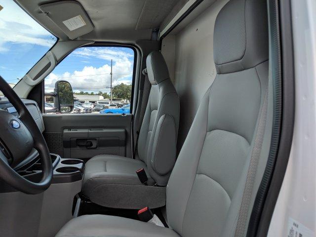 2019 E-350 4x2,  American Commercial Aluminum Cutaway Van #19F728 - photo 10