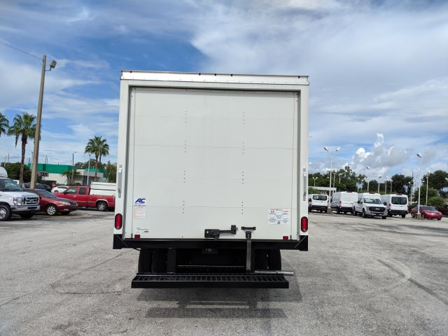 2019 E-350 4x2,  American Commercial Aluminum Cutaway Van #19F728 - photo 4