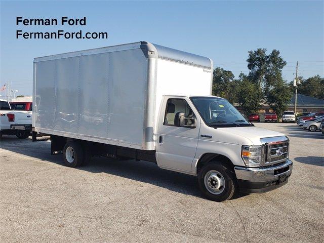 2021 Ford E-350 RWD, Cutaway Van #21F003 - photo 1