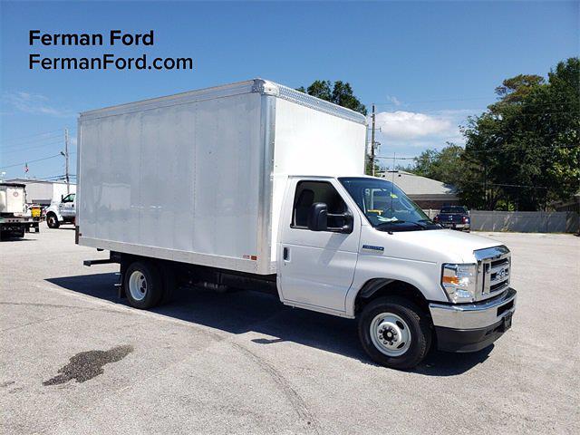 2021 Ford E-350 4x2, Reading Cutaway Van #21F134 - photo 1