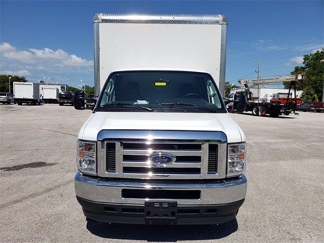 2021 Ford E-350 4x2, Reading Cutaway Van #21F134 - photo 4